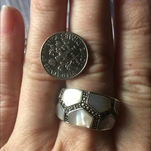Mother of pearl & marcasite ring